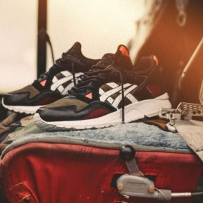 "Highs and Lows x Asics Gel Lyte 5 ""Medic"""
